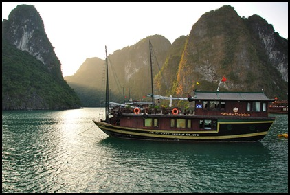Cruising on the beautiful Halong Bay in Vietnam