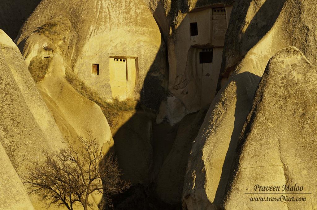 Cappadocia_Cave_House_Sunset.jpg