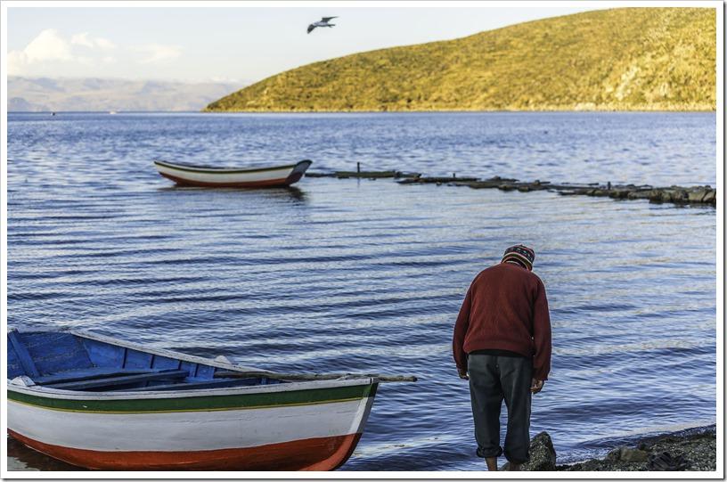 A fisherman in the Challa village on Isla del sol